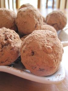 Christmas Cacoa Balls