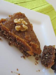 Date Nut Torte