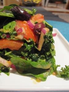 Hearty Raw Greek Salad