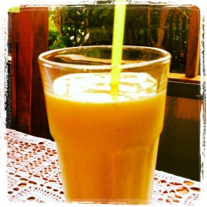 Sunshine juice smoothie